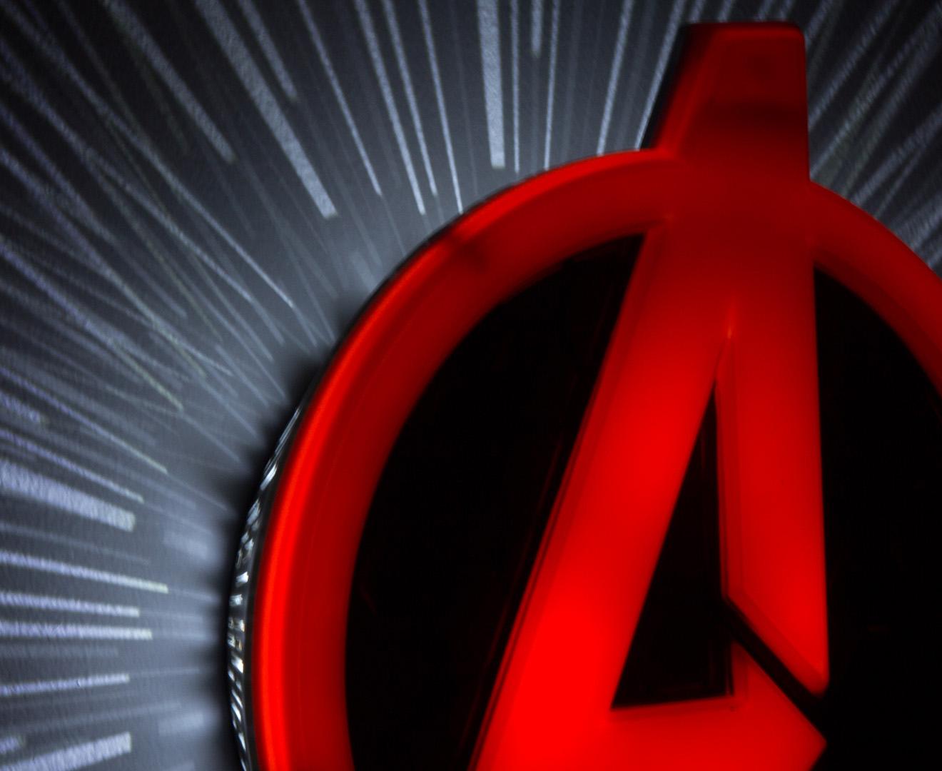 3D Marvel Avengers Shield Wall Light - Red eBay