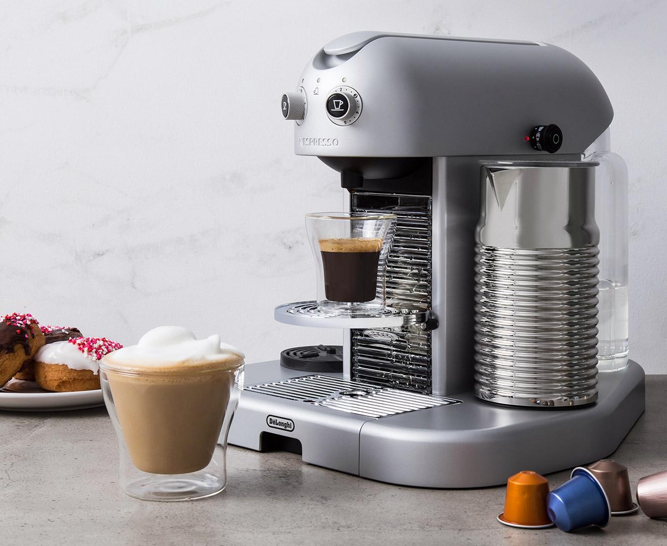 d longhi nespresso gran maestria coffee machine silver. Black Bedroom Furniture Sets. Home Design Ideas