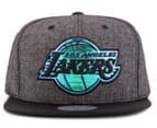 Mitchell & Ness LA Lakers The Gaze Cap - Grey/Black 1
