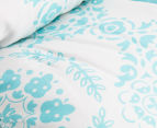 The Peanut Shell 112x94cm Medallion Quilt - Teal 3
