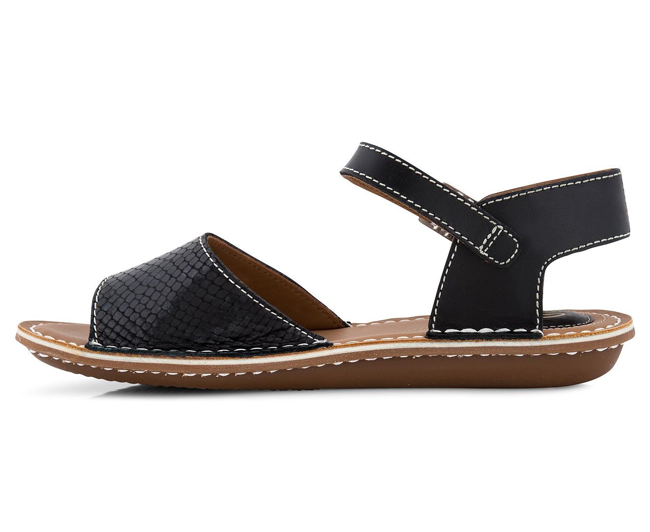 caf66a65f Ugg Tustin Sandals