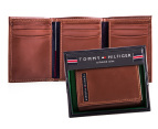 Tommy Hilfiger Cambridge Trifold Pull-Up Wallet - Tan 1