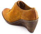 Clarks Women's Hazelnut Ice Shoe - Mustard Yellow 3
