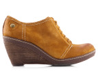 Clarks Women's Hazelnut Ice Shoe - Mustard Yellow 2