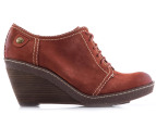 Clarks Women's Hazelnut Ice Shoe - Rust  2